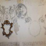 Exposição que convida o público a participar, desenhando na parede durante o tempo de exposição